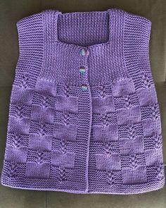 No photo description available. Baby Cardigan Knitting Pattern, Knit Vest, Baby Knitting Patterns, Knitting Designs, Crochet Girls, Crochet Baby, Cute Little Girl Dresses, Knit Baby Dress, Half Jacket