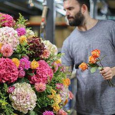 😍 #goodmorning #mcqueens #flowers #london