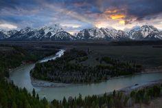 Cabecera del río Snake. Bosque Nacional Bridger-Teton, Wyoming. EUA.