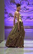 #Lea Mona #時尚 #秀展 #禮服 #設計師
