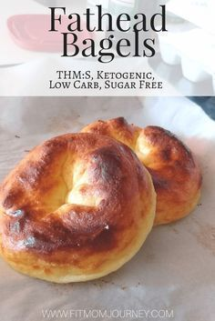 Fathead Bagels - they are ketogenic a THM snack Low Carb and even Sugar Free. Fathead Bagels - they are ketogenic a THM snack Low Carb and even Sugar Free. Keto Bagels, Low Carb Bagels, Keto Pancakes, Desserts Keto, Keto Friendly Desserts, Keto Snacks, Low Carb Bread, Keto Bread, Low Carb Diet