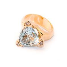 Rose gold ring with natural beryl aquamarine and brown diamonds