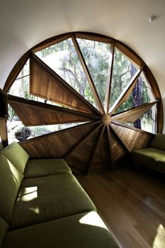 Propeller window - If it were in a tv room it would be awesome if it could be automated to close up for a dark room