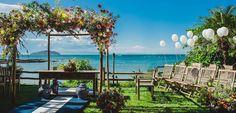 Casamentos ao ar livre: 6 praias do RJ que você vai querer casar