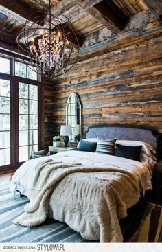 There are many techniques to make your home interior layout look more interesting, among these is using cabin style layout. With this inspiring gallery you can make excellent cabin style in your home.The cabin style plan of the home is… Continue Reading → Modern Farmhouse Bedroom, Farmhouse Master Bedroom, Rustic Farmhouse, Farmhouse Style, Rustic Cottage, Rustic Style, Bedroom Rustic, Modern Rustic, Urban Farmhouse