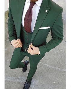 Purple Men 3 Pieces Tuxedo for Men/Groom/Wedding Dress Suit (Jacket+waistcoat+pants) Indian Men Fashion, Mens Fashion Suits, Mens Suits, Men's Fashion, Fashion 2020, Blazer Outfits Men, Stylish Mens Outfits, Men Blazer, Green Wedding Suit