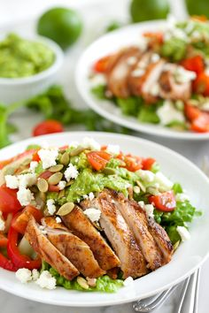 Grilled Chicken Fajita Salad with Guacamole Dressing #glutenfree #