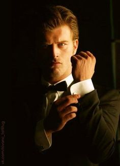 Kıvanç Tatlıtuğ - could be the new James Bond with those looks! :D