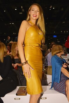 #BLAKE #LIVELY #SERENA #VAN #DER #WOODSEN #GOSSIP #GIRL #NEWYORK #MANHATTEN #STYLE #FASHION #RYAN #REYNOLDS #YELLOW #DRESS #GUCCI