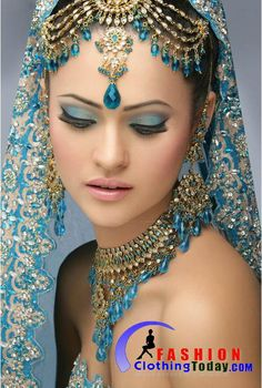 I think this is so beautiful. The costumes I see in some of my favorite Bollywoods are so beautiful.