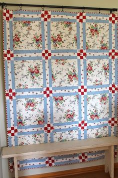 Sewing Block Quilts Sewn With Grace: Sweet Quilt Big Block Quilts, Quilt Block Patterns, Large Print Quilt Blocks, Easy Quilts, Scrappy Quilts, Summer Quilts, Quilt Border, Quilt Modernen, Patch Quilt