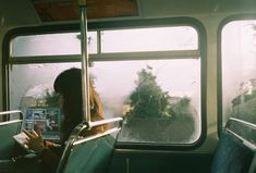 Image about girl in 風景、写真撮影 by ナオミ on We Heart It Selfie Foto, Poses, 6 Images, Foto Blog, Film Photography, Photography Office, Aerial Photography, Wanderlust, Portraits
