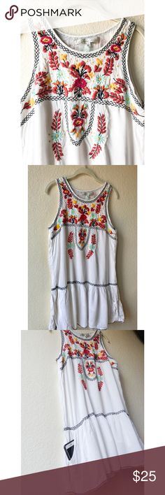 Embroidered summer dress Summer dress WITH POCKETS!! Brand: Lovers + friends // Size: Large (*yet I am petite 5'2 and usually wear small/medium and the dress still fits nicely!) // Dresses