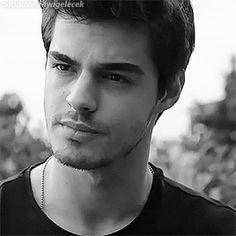 Turkish Men, Turkish Beauty, Turkish Actors, Grunge Boy, Most Handsome Men, Pop Singers, Best Model, Tv Series, Actresses