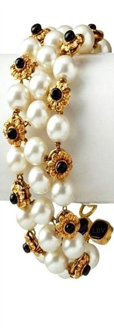 Vintage ♥✤ Chanel beauty bling jewelry fashion