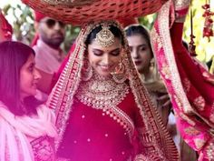 Indian Bridal Outfits, Indian Dresses, Bridal Dresses, Bollywood Wedding, Desi Wedding, Bollywood Style, Punjabi Wedding, Wedding Poses, Wedding Ceremony