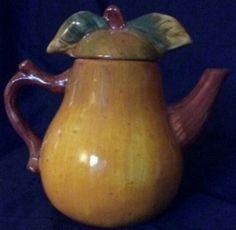 Sakura Teapot - Pear Design - Hand painted surface