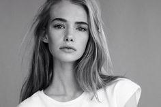 beautiful girl, selv, white tee