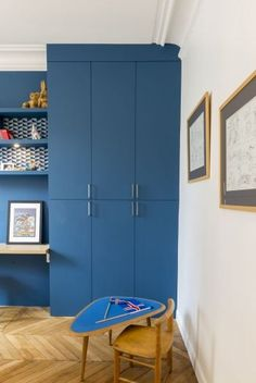 – Paris furnished and decorated by the interior designer Vanessa Faivre Source by franzinisara Bedroom Furniture, Bedroom Decor, Creative Kids Rooms, Little Girl Rooms, Interiores Design, Kids Bedroom, Tall Cabinet Storage, Home Decor, Poitou Charentes