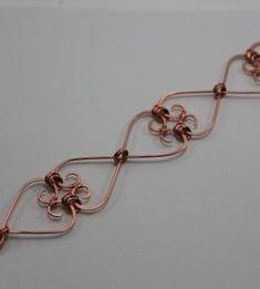 Free Pattern: Heart Frame Bracelet by Abby Hook