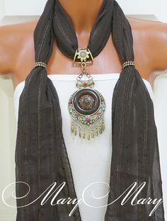 Женский шарф с подвеской Аини, от творческой мастерской MaryMary.