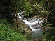 Recantos: Banho de cachoeira também fazem parte do roteiro<br>  Saiba mais em: http://www.feriasbrasil.com.br/rj/penedo/