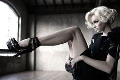 black & white / Photographer: Signe Vilstrup