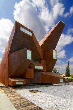 Inspiración arquitectónica - Santa Monica Church / Vicens and Ramos | Madrid / Spain