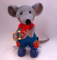 Rat Mirko - amigurumi PDF crochet pattern. (Available to purchase).