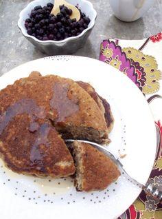 Hotcakes de plátano y almendra   Piloncillo&Vainilla