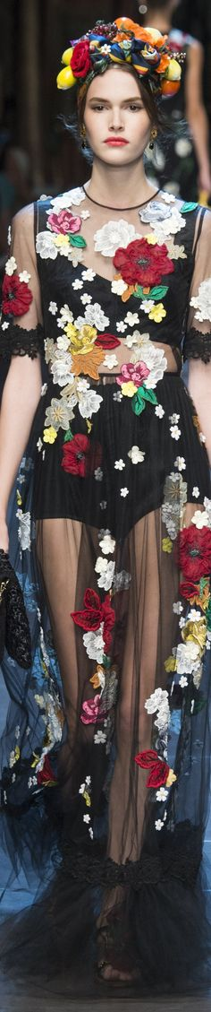 Dolce & Gabbana Spring 2016 RTW vogue