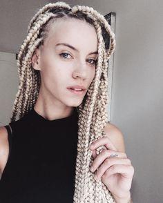 instagram: @sabba.s #braids #big #box #braids #blonde #hairstyle #boxbraids #blondebraids #boho #necklace