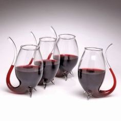 What a lovely way to sip wine! #wine #drink #alcohol