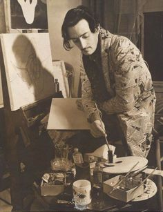 Dalí pintando Pablo Picasso, Ivy House, Magritte, Famous Artists, Great Artists, Artist At Work, Artist Art, Portraits, Salvador Dali Paintings
