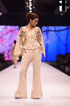Lala Textiles-collection-at-fashion-pakistan-week-5