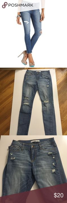 """Distress Style Else Jeans - Worn Once So... Size 24 now gives me love handles and cuts off my circulation. I so wanted these jeans to work but they are just too tight. Modern cropped fit. Excellent condition - worn only once. Distress marks (holes) are quite flattering since they draw eye vertically. Brand fits true to size. 26"""" inseam. 11"""" back rise. Else Jeans Ankle & Cropped"""