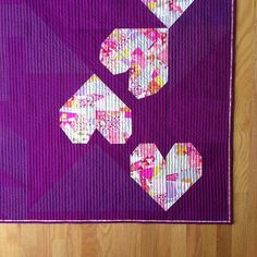 SEW KATIE DID Tossed Hearts Split Personality Quilt Block