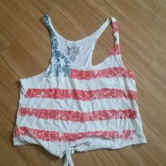 American flag tank ❤❤ Xl anerican flag tank super cute perfect for those holidays Tops Tank Tops