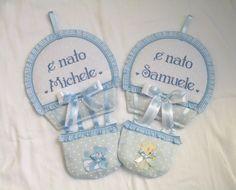 Fiocco personalizzato con i tessuti  e il ricamo  del nome; per info: http://lecreazionidimichela.it.gg/Home.htm  video you tube: https://youtu.be/Vde4nrZd5FA