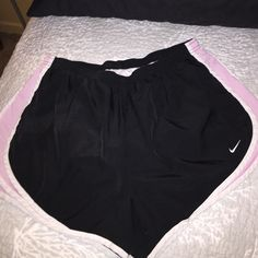 Nike Dri-Fit Short Black with light pink and white sides great condition Nike Shorts