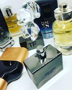 EKTAKTO! 6+1 ολοκαίνουργια <b>killer αντρικά αρώματα</b> για το φθινόπωρο Perfume Bottles, Fragrance, Pure Products, Beauty, Perfume Bottle, Beauty Illustration, Perfume