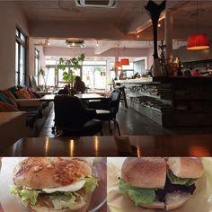 宜野湾のCactud Estripに行きました天然酵母の自家製ベーグル美味しかったアイスコーヒー300円なのにかなりハイレベルお得でした  外見が入りにくい雰囲気なのがもったいないです  #沖縄 #カフェ #宜野湾 #ベーグル #okinawa #cafe #ginowan #bagel