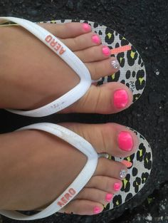 Summer pedicure. I like the sparkle toe!