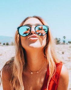 How to Take Good Beach Photos Tumblr Beach Pictures, Cute Beach Pictures, Beach Photos, Beach Picture Poses, Friend Beach Pictures, Beach Instagram Pictures, Photography Beach, Foto Instagram, Insta Photo Ideas