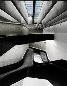 """""""MAXXI Museum"""", Roma Italy"""