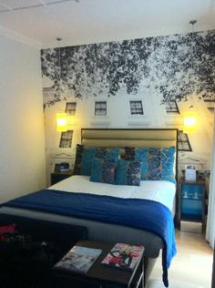 Love the wall mural - Hotel Indigo, London
