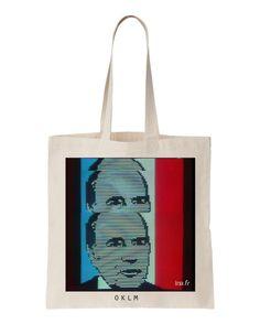 Tote bag oklm    « OKLM » est un tote bag en hommage au résultat des présidentielles de 1981 qui est annoncé sur la première chaîne de France :
