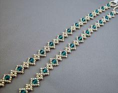 Pony Bead Bracelets, Making Bracelets With Beads, Beaded Bracelets Tutorial, Beaded Bracelet Patterns, Seed Bead Necklace, Seed Bead Jewelry, Bead Jewellery, Beaded Necklace, Handmade Wire Jewelry