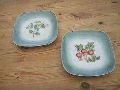 Håndmalet porcelæns platter