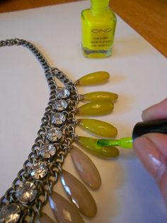137 Love and Luxe: DIY Neon Statement Necklace!